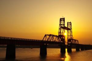 筑後川に架かる昇開橋